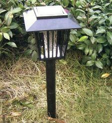 лампа от комаров на даче